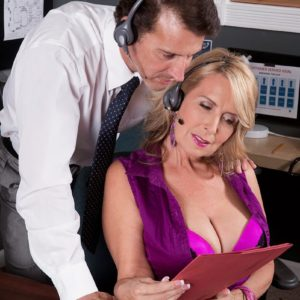 Mature light-haired woman Laura Layne seducing sex from co-worker in her work environment