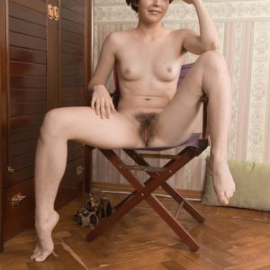 Short haired amateur in high heeled shoes Aria peeling off cut-offs to unveil fur covered snatch