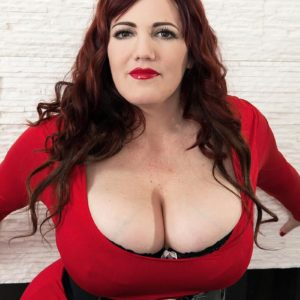BIG HOT WOMAN Roxee Robinson lets out her monster hooters from her dress and bra