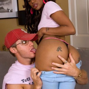 Black chick Kapri Style has her big ass freed from taut pants and g-string underwear