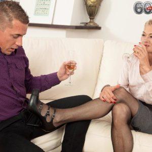 Cool aged gal Beata gives a ball munching blow-job after seducing a junior boy