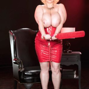 Platinum-blonde BBW Samantha 38G extracts big melons from crimson spandex sundress in high-heels