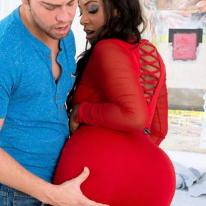 BBBW Layla Monroe has her massive ass exposed by her guy pal