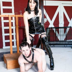 Black-haired gf Sarah Dice has her sub husband worship her arse and pussy