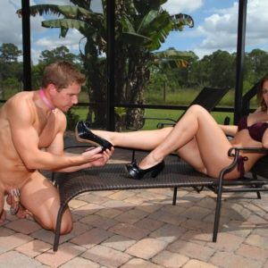 Killer girlfriend Callie Calypso makes her submissive husband adoration her feet by a pool