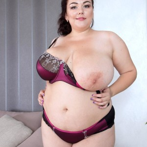Brunette BIG BEAUTIFUL WOMAN Mariya Mills letting huge saggy boobies loose from dress and brassieres in tights