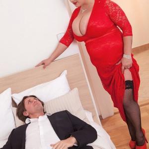 Dark haired BIG BEAUTIFUL WOMAN Nila Mason unleashing gigantic breasts before giving ORAL PLEASURE in nylons