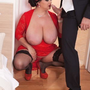 Dark haired BIG BEAUTIFUL WOMAN Nila Mason unleashing gigantic breasts before giving ORAL PLEASURE in nylons