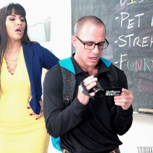 Dark haired MILF tutor Mercedes Carrera having sex with student on desk