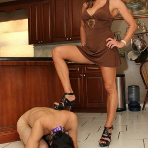 Domina gf Christine tramples her subby hubby with pumps in the kitchen