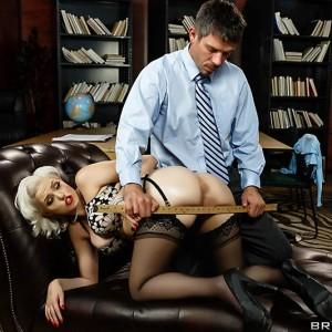 Platinum platinum-blonde MILF pornographic star Jenna Ivory dildoing anus before hard bung-hole engage in intercourse
