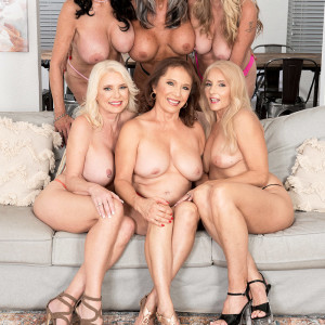 Sixty plus MILF Mia Magnusson gathers her gfs for an all chick fuckfest