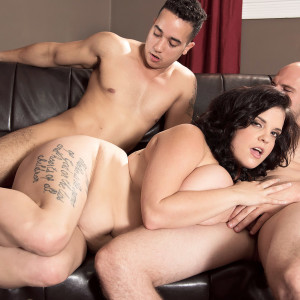Hefty girl Trinity Michaels participates in MMF sex to celebrate her bday