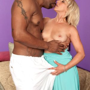 Jaw-dropping grandma Andi Roxxx has her beaver sucked out by her youthfull black lover