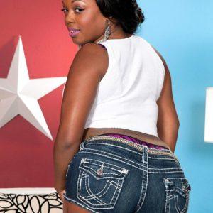 Chubby ebony first timer Jayden Starr vaunting her monster-sized ebony butt in g-string underwear
