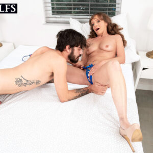 Mature MILF Cyndi Sinclair gets caught masturbating before sex with a youthfull dude